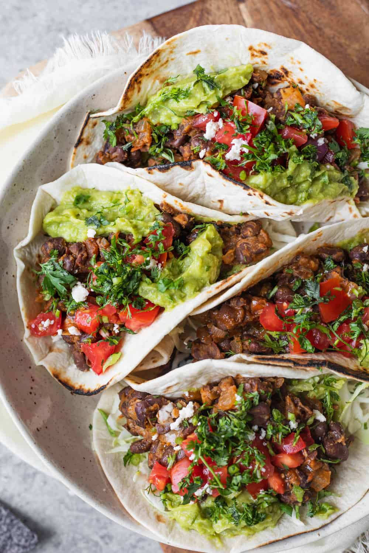 10 Minute Black Bean Tacos