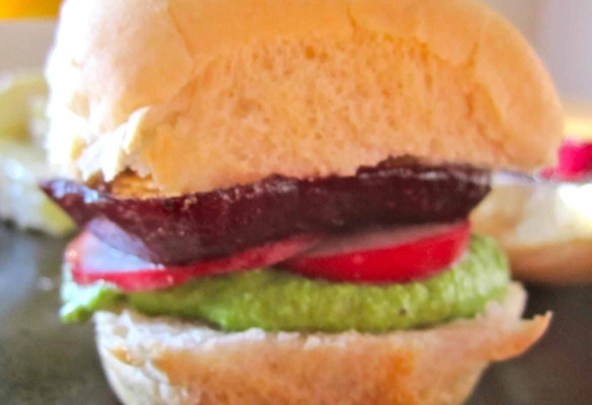 Beet Sliders with Creamy Herb Spread
