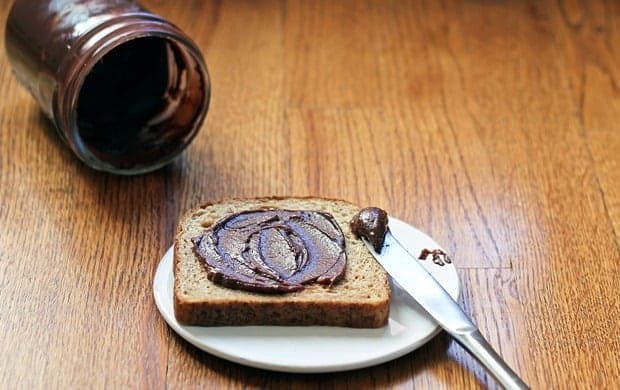 chocolate-hazelnut-spread_thumb_3