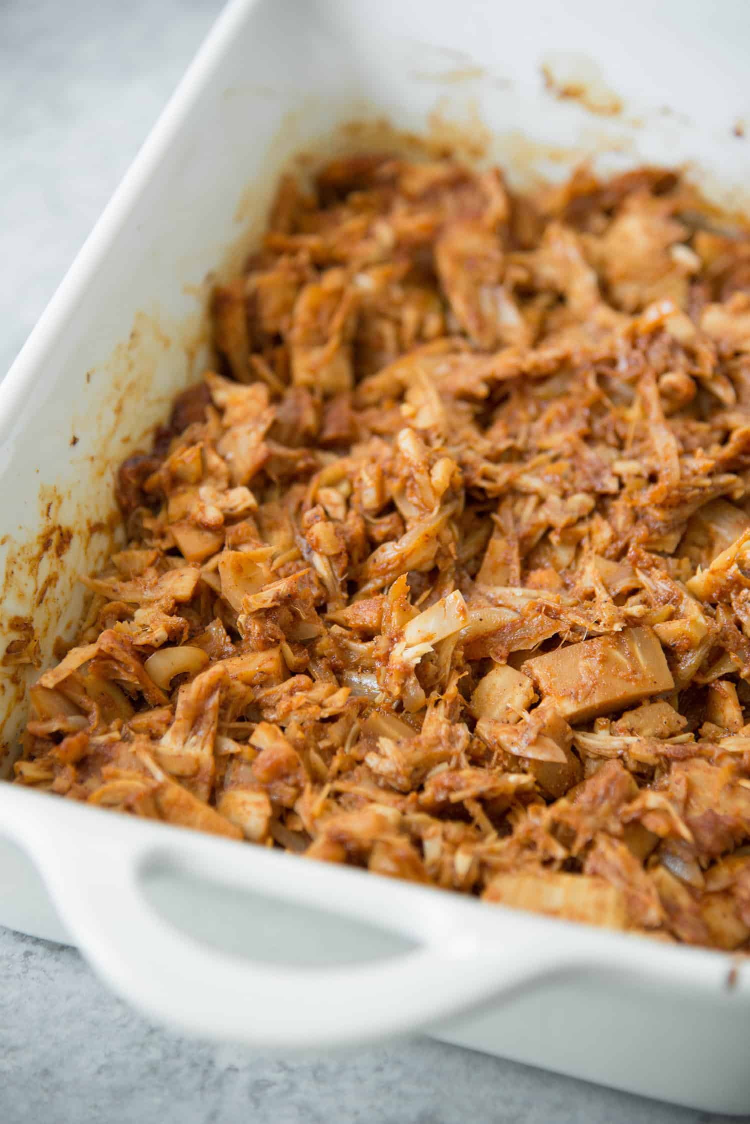 BBQ Jackfruit Sandwiches! If you haven't tried this pulled pork alternative before, you've gotta try this recipe. Shredded Jackfruit with homemade BBQ sauce. Vegan. | www.delishknowledge.com