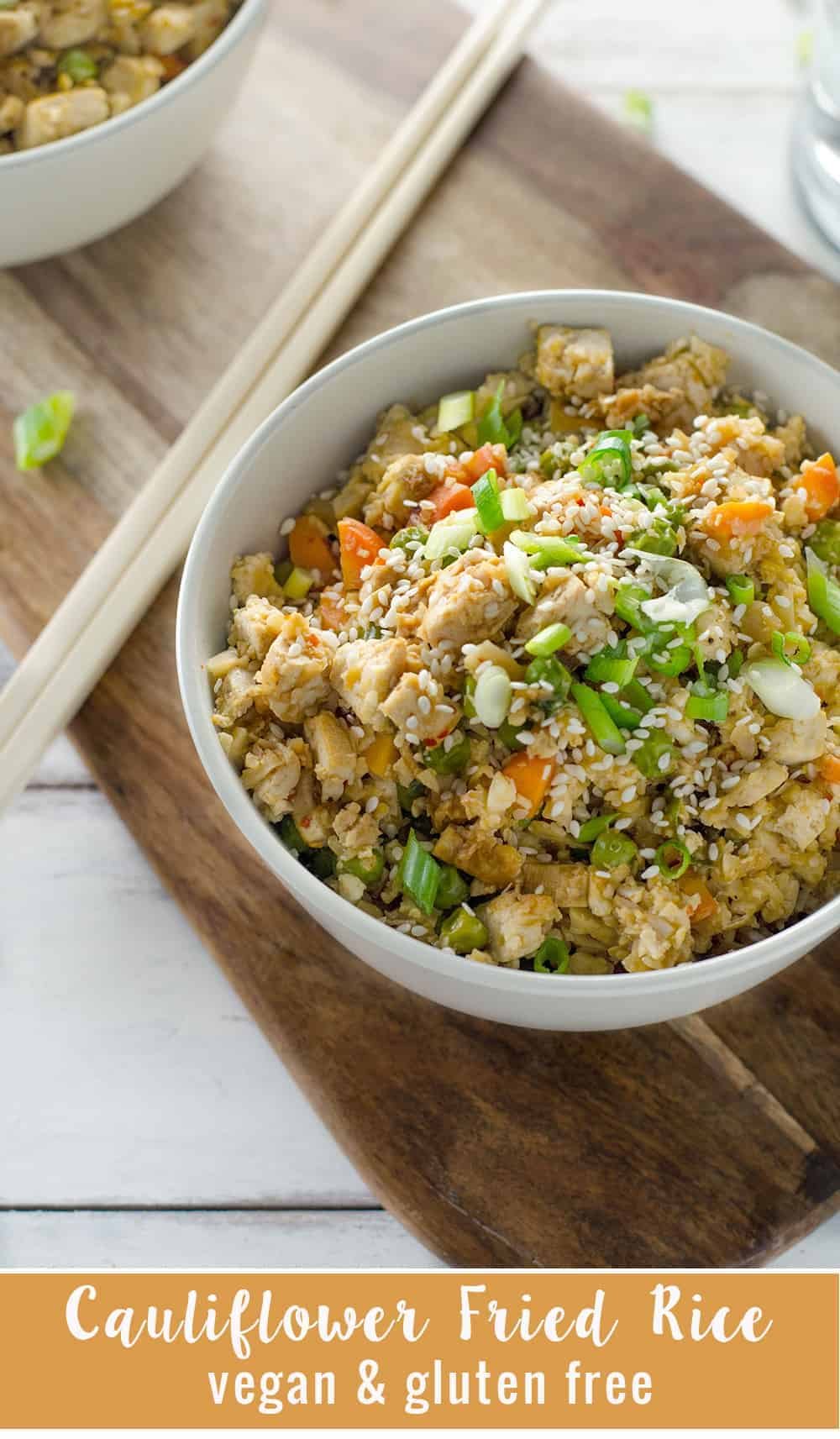 Easy Vegan Cauliflower Fried Rice! Ready in less than 20 minutes, low-calorie, low-fat, low-carb and DELICIOUS! Vegan and Gluten-Free |