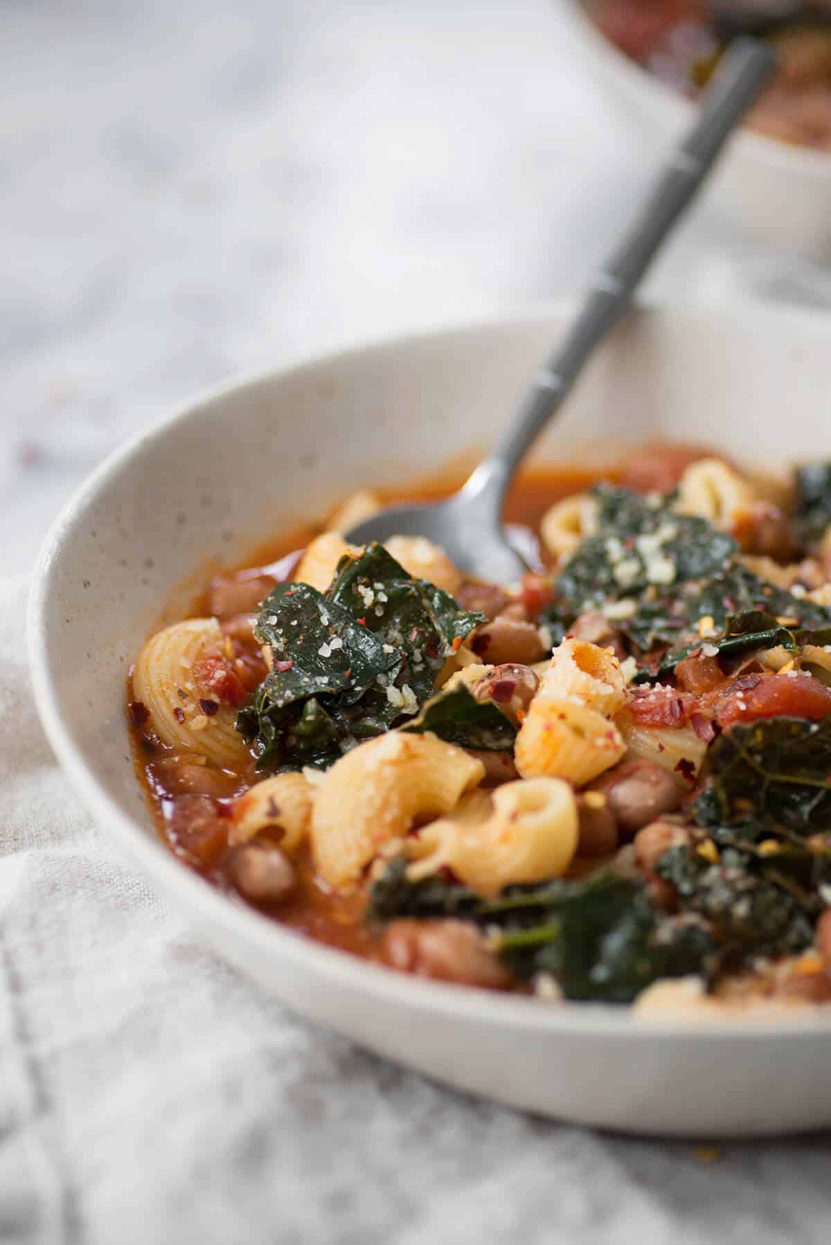 Cranberry Bean Fagioli! This healthy soup is packed with plant-based protein, kale and tomatoes. Vegan.