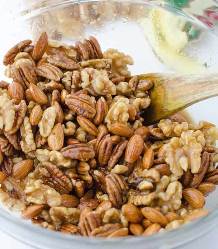 Perfect hostess gift and healthy snack! Espresso Glazed Mixed Nuts! Just a handful of ingredients, ready in 30 minutes. #vegan and #glutenfree