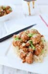 Healthier Chinese Food! General Tso's Cauliflower, a vegan, gluten free and low fat alternative to take out.   www.delishknowledge.com