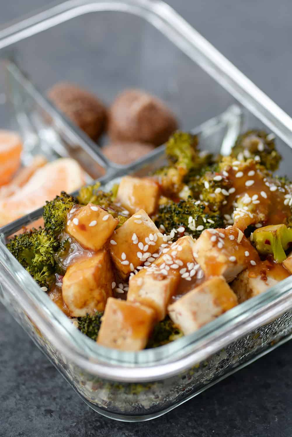 meal prep container with tofu and broccoli