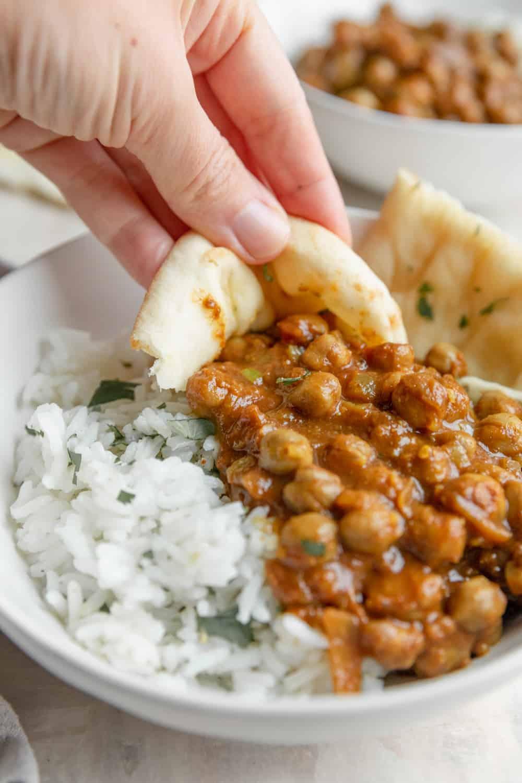 Slow Cooker Vegan Chana Masala