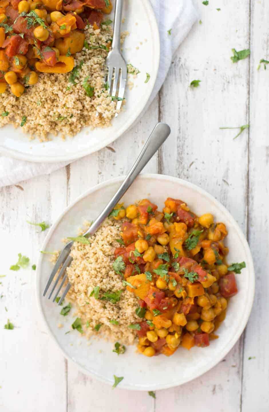 Slow Cooker Chickpea Tangine! You've gotta try this amazing vegan crock-pot meal. Packed with flavor, protein and fiber. Vegan + Gluten-Free. | www.delishknowledge.com