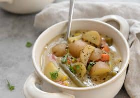 Slow Cooker Vegetable Chowder