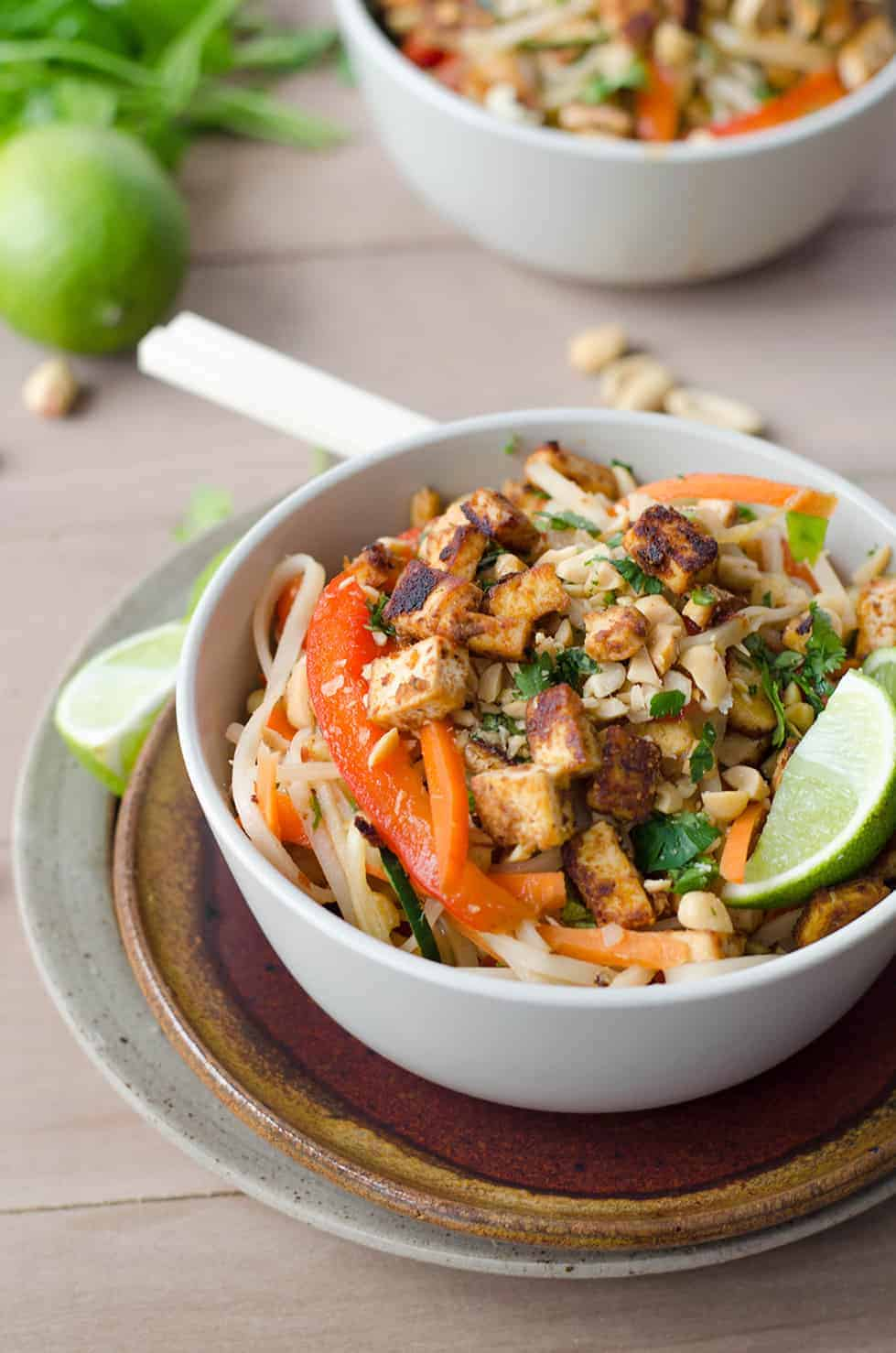Spicy Vegan Pad Thai! Spicy pad thai with Sriracha tofu crumbles. Vegan and Gluten Free | www.delishknowledge.com