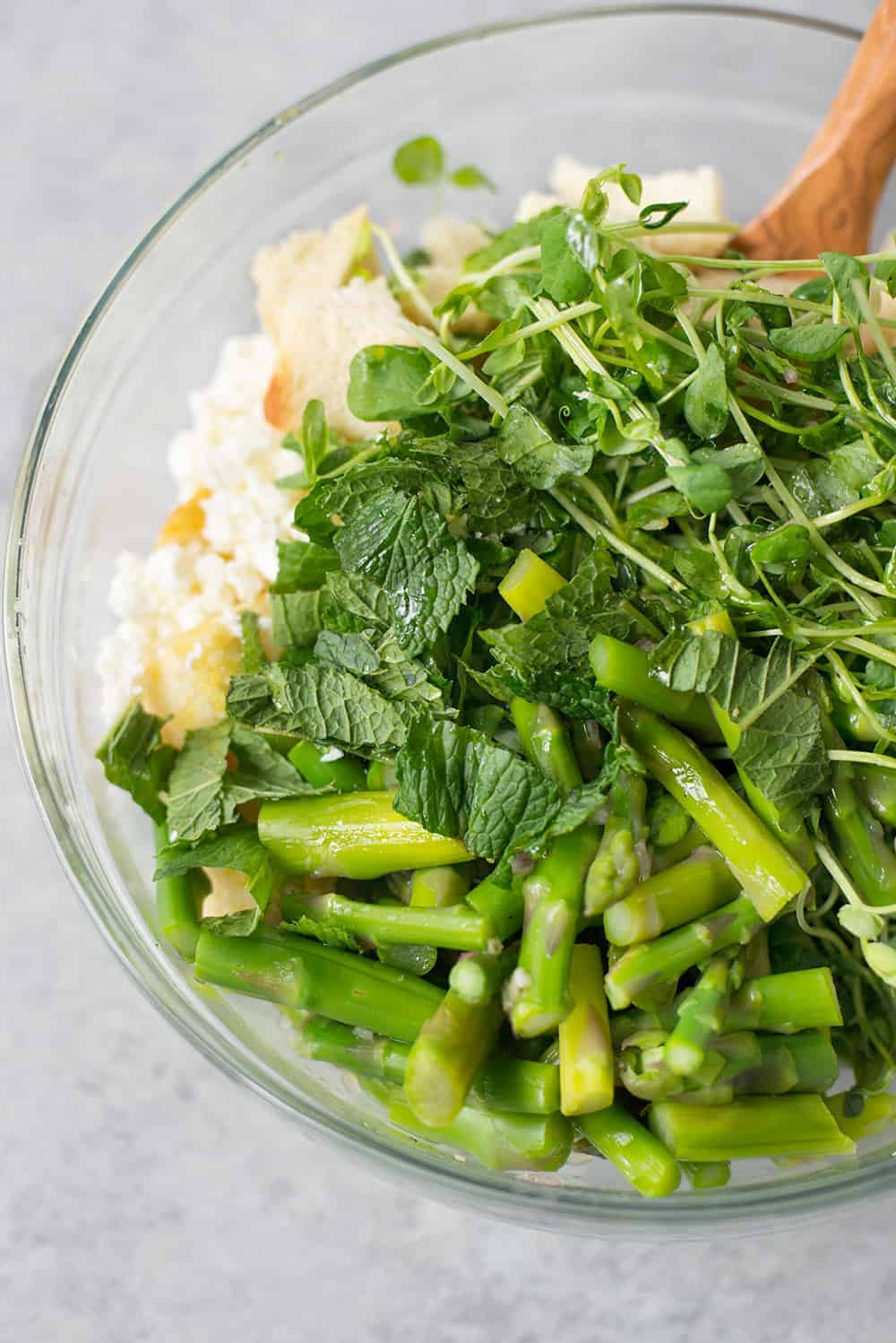 bowl of asparagus and mint