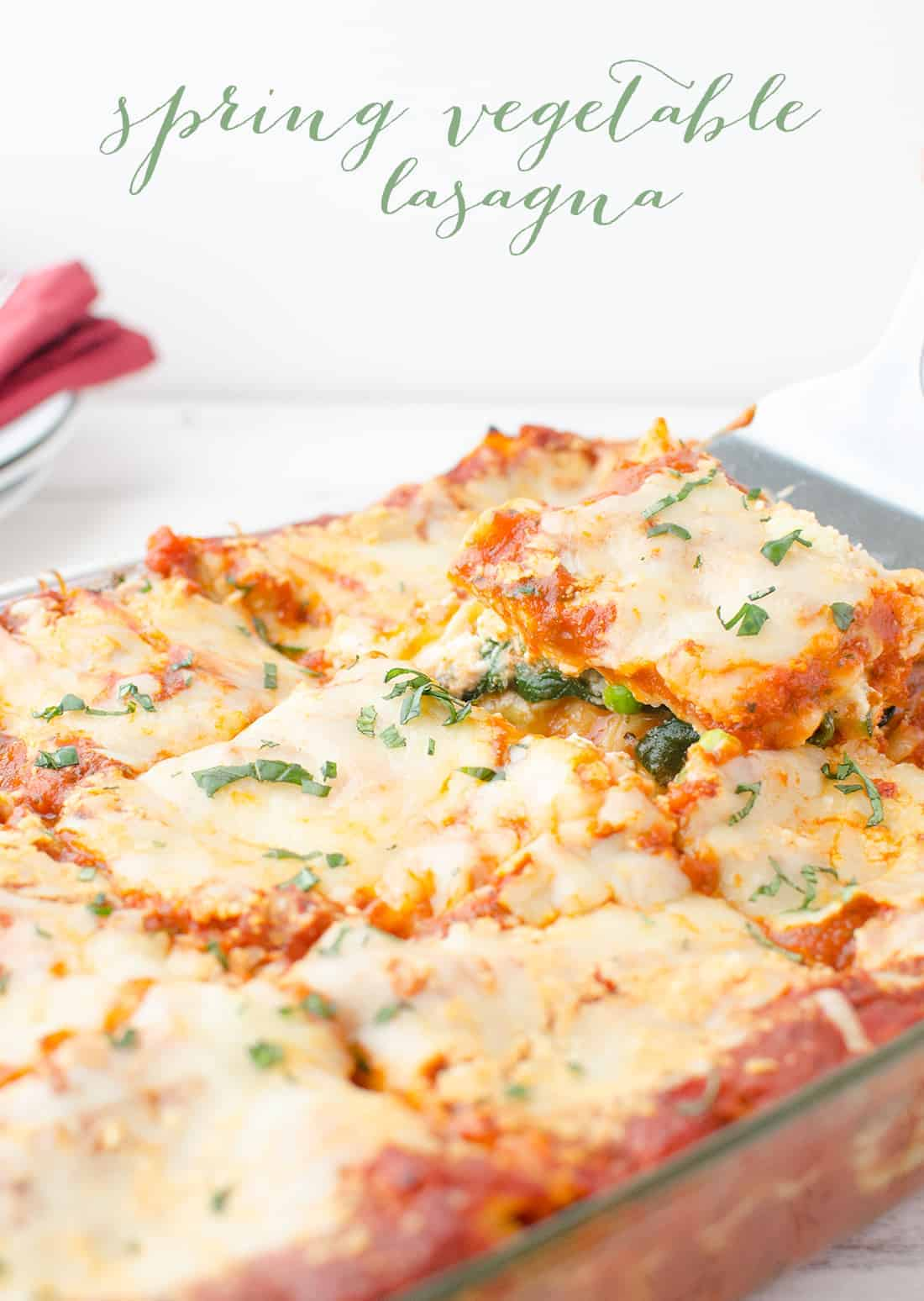 calories in lasagna with meat and cheese