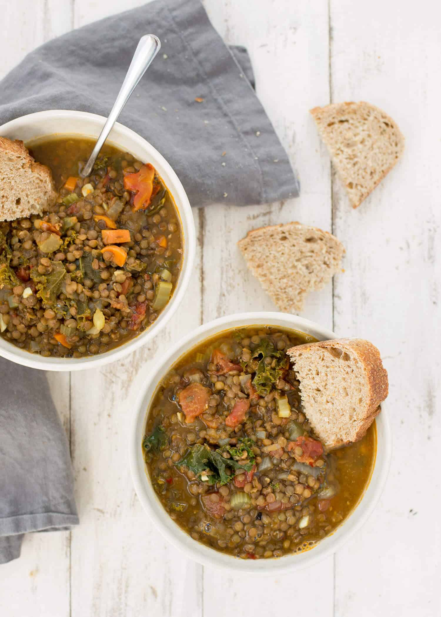 Tuscan Lentil Soup! Healthy lentil soup with an Italian flair. So delicious and perfect for winter! Gluten-free and Vegan