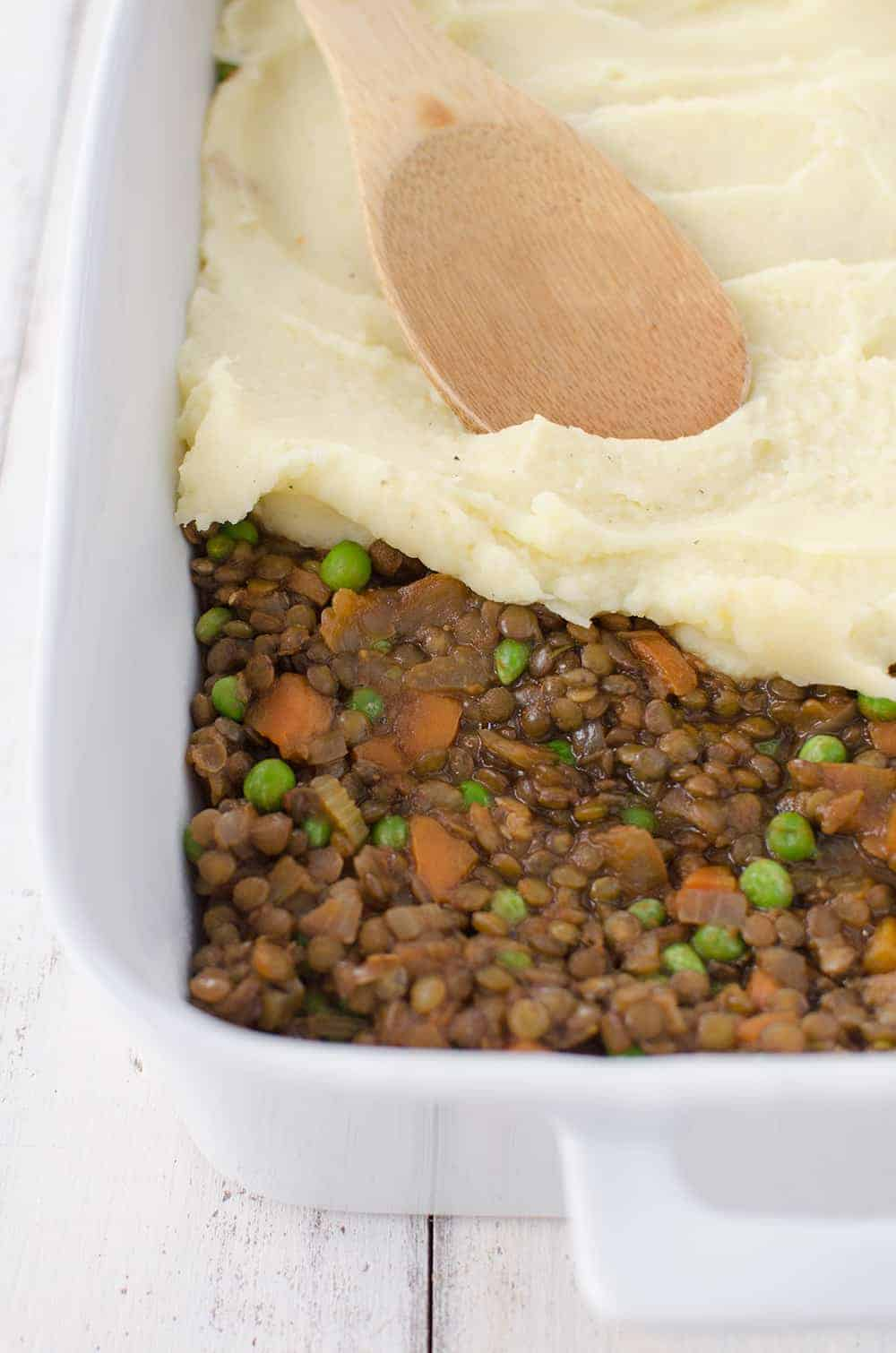 Lentil Shepherd's Pie! A rich, vegan lentil stew topped with homemade mashed potatoes.   www.delishknowledge.com