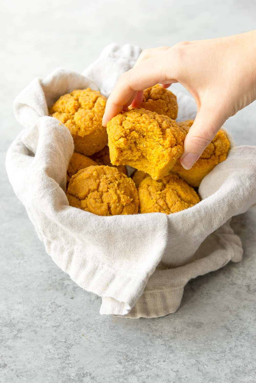 vegan pumpkin cornbread muffins