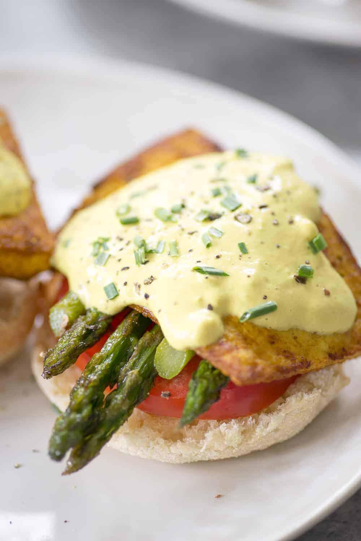 tofu eggs benedict with asparagus