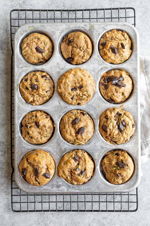 healthy vegan zucchini chocolate muffins