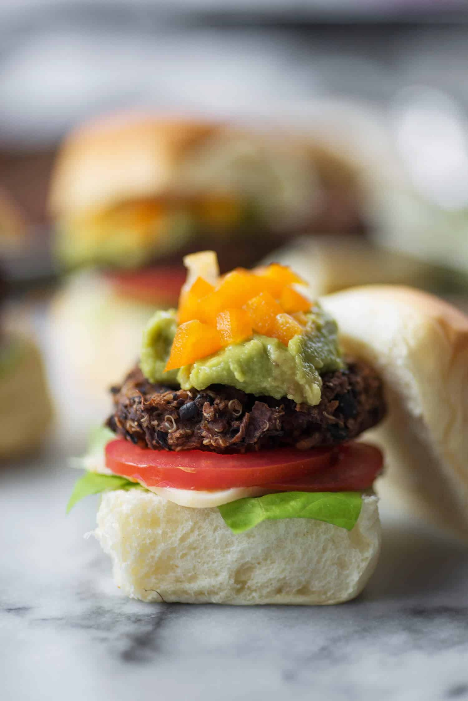 Southwest Sliders! Spiced black bean and quinoa sliders, perfect for the Superbowl or entertaining! Vegan and gluten-free (with GF bun) | www.delishknowledge.com