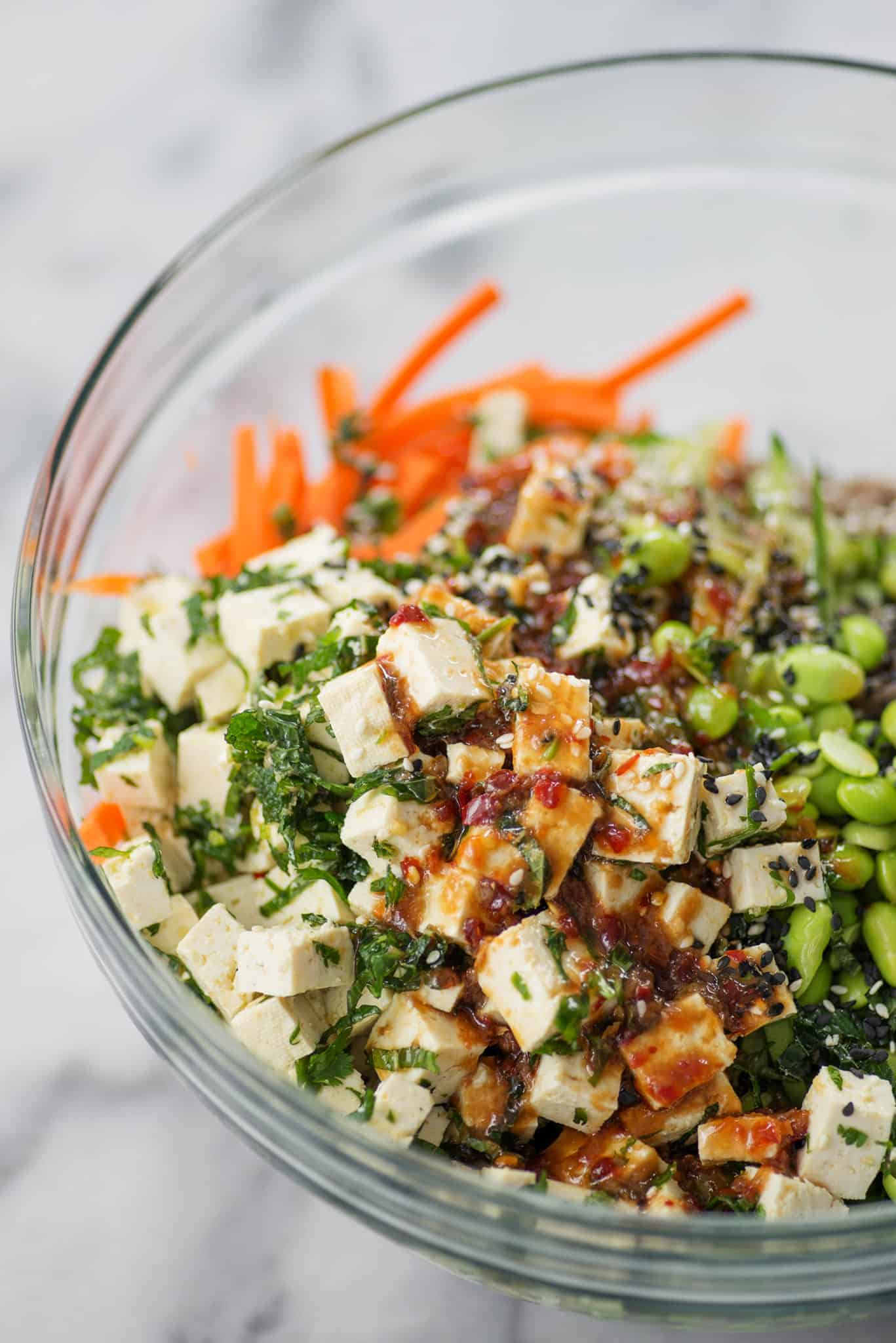 Veggie Soba Noodles with Marinated Tofu and Ginger-Soy Sauce. This cold noodle salad is packed with vegetables, fiber and healthy protein. | www.delishknowledge.com