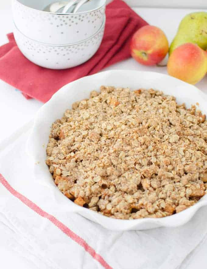 Fall Crisp! A healthy, fiber-packed dessert featuring juicy pears, apples and ginger. Vegan and Gluten-Free