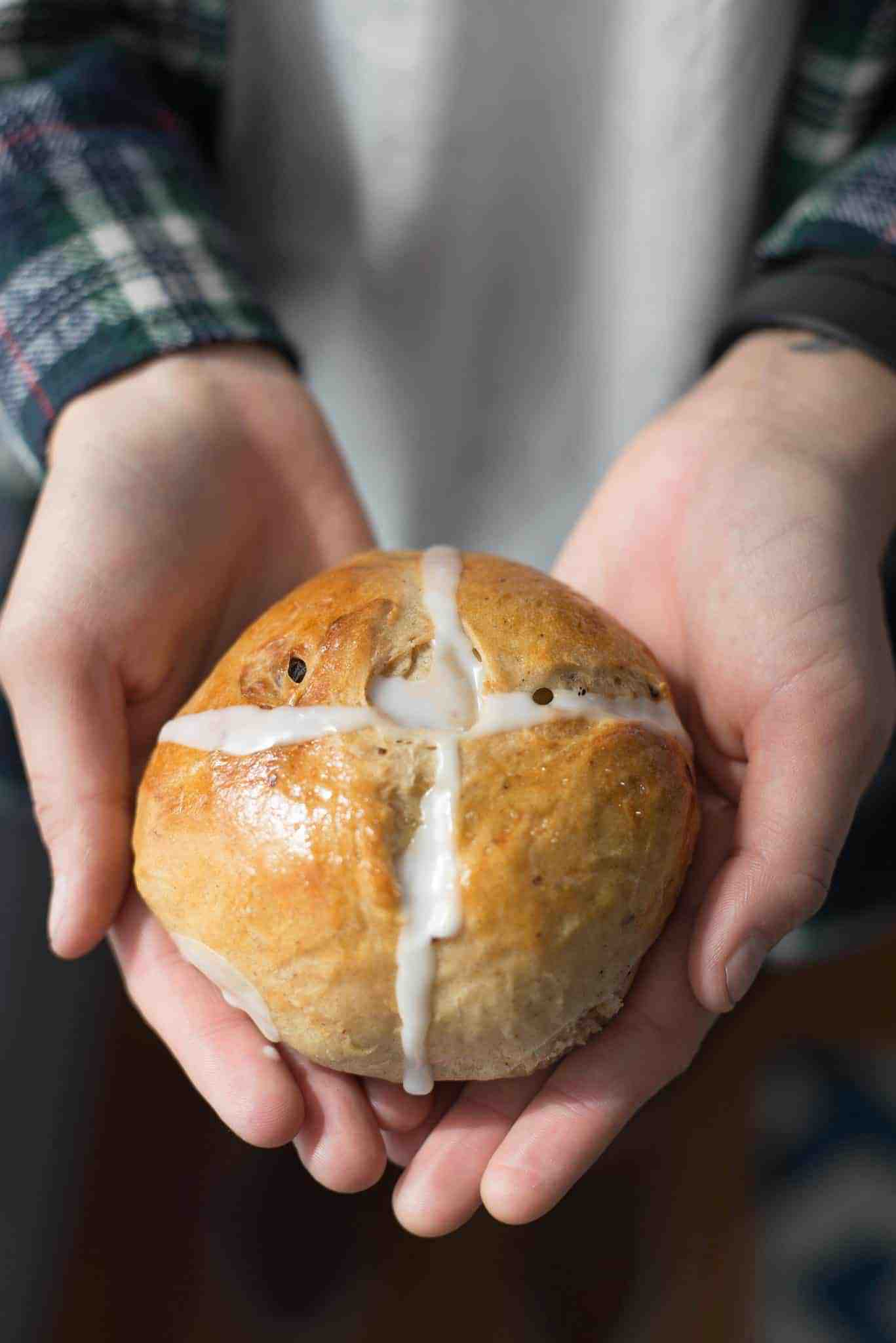 Hot Cross Bun in the Oven! Yup, we're having a baby. These homemade hot cross buns are the perfect spring breakfast or to serve for Easter and Mother's Day. | delishknowledge.com