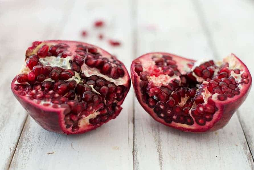 Pomegranate Sangria! A winterized take on the classic summer staple; perfect for entertaining and low in sugar.   www.delishknowledge.com