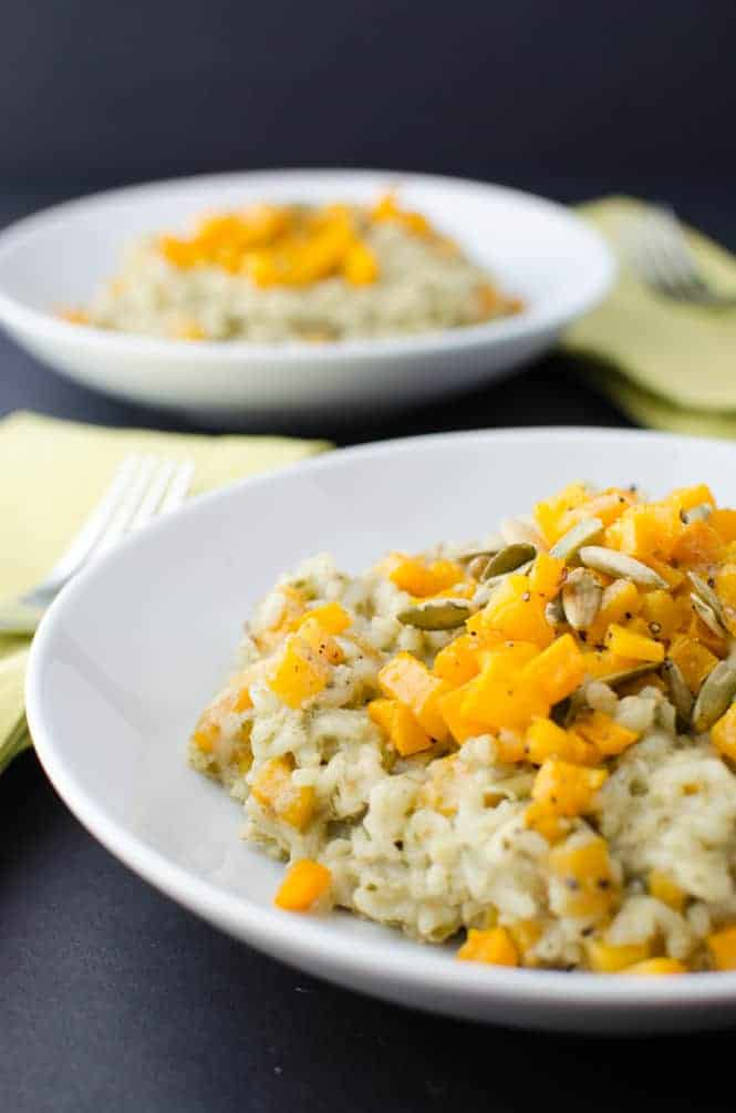 Pumpkin Pesto Risotto! Layers of fall in a healthy, #vegan dish! This is the PERFECT main dish or side for the holidays! | www.delishknowledge.com