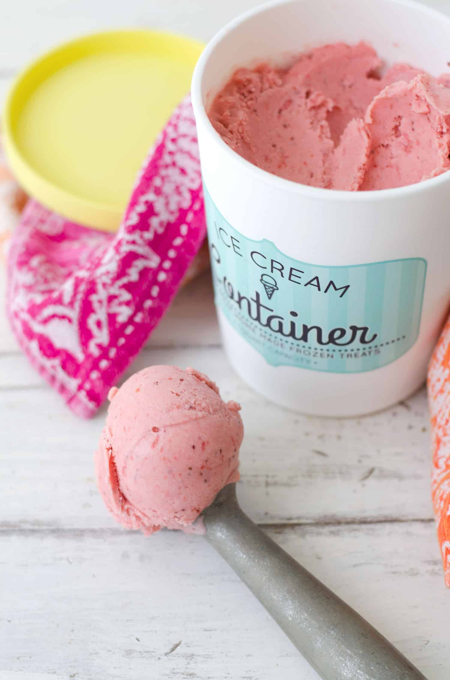 Roasted Strawberry Balsamic Ice cream! You are going to LOVE this vegan ice-cream. Roasted strawberries give this so much flavor, incredible that it's dairy-free! Only 5 ingredients! | www,delishknowledge.com