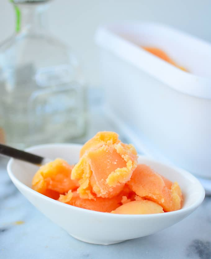 Tequila Sunrise Sorbet! A refreshing dessert perfectly paired with mexican food. #vegan and #glutenfree